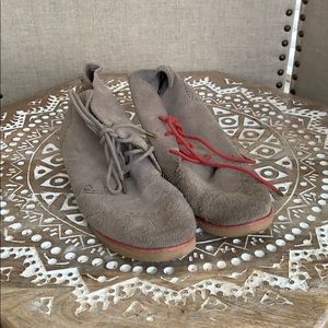Tom suede boots